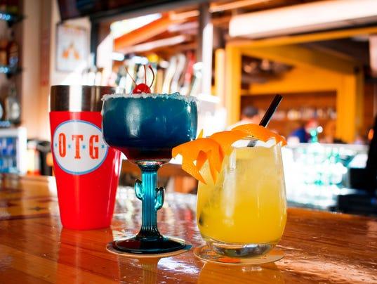 Spring Cocktails | Old Town Gringos (horiz)