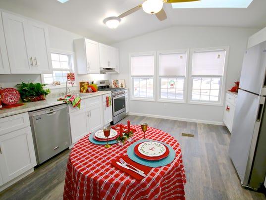 2-Bedroom-1-Bath-Home-in-Carteret-Mobile-Park-at-LOt-A-5.JPG