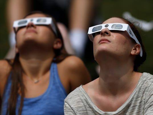 636389304235860116-IndySolarEclipse-KW-018.JPG