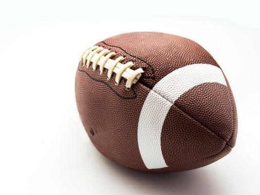 636082763747180017-football1.jpeg