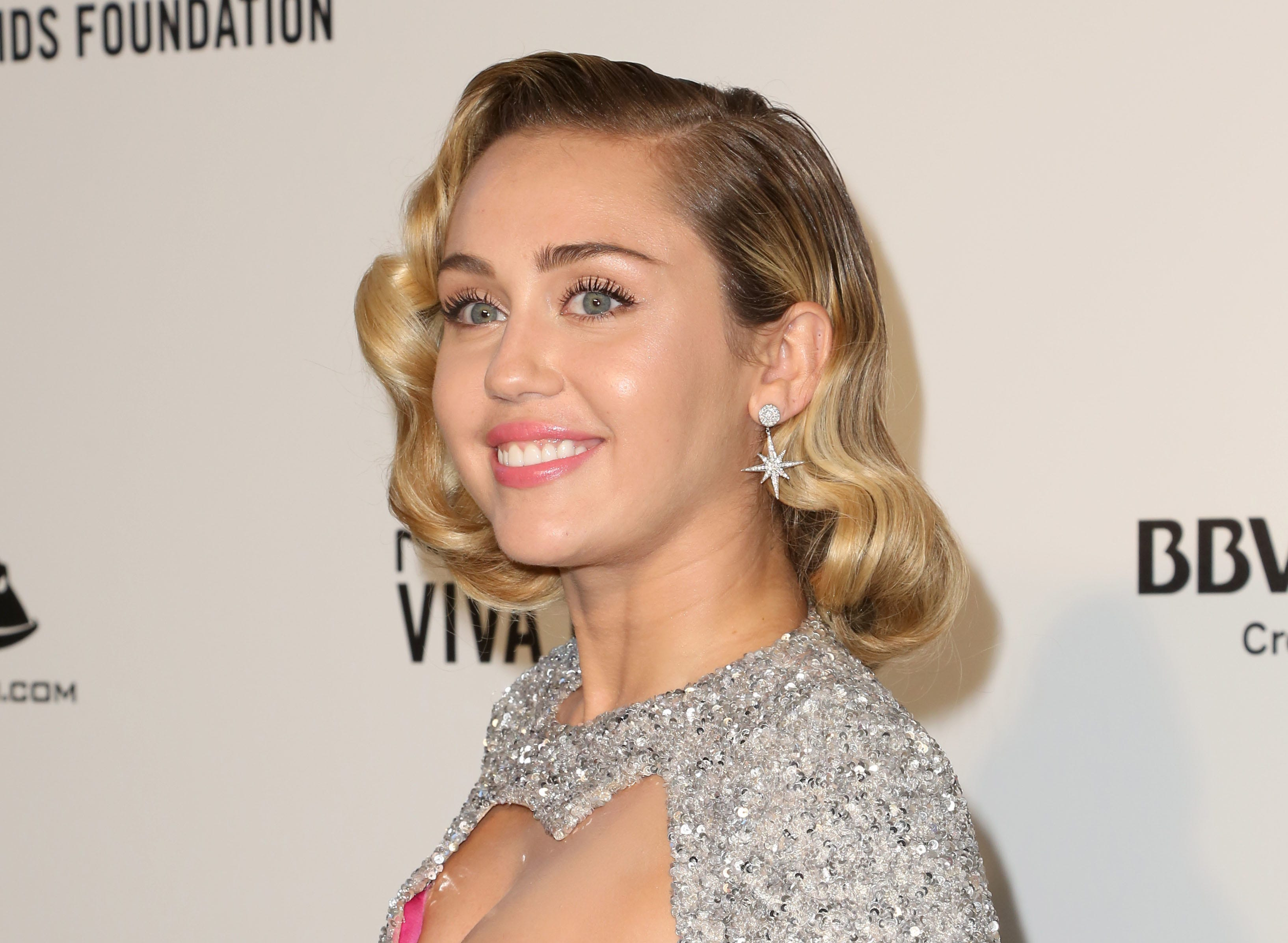 Miley Ray Cyrus Nude Photos 97