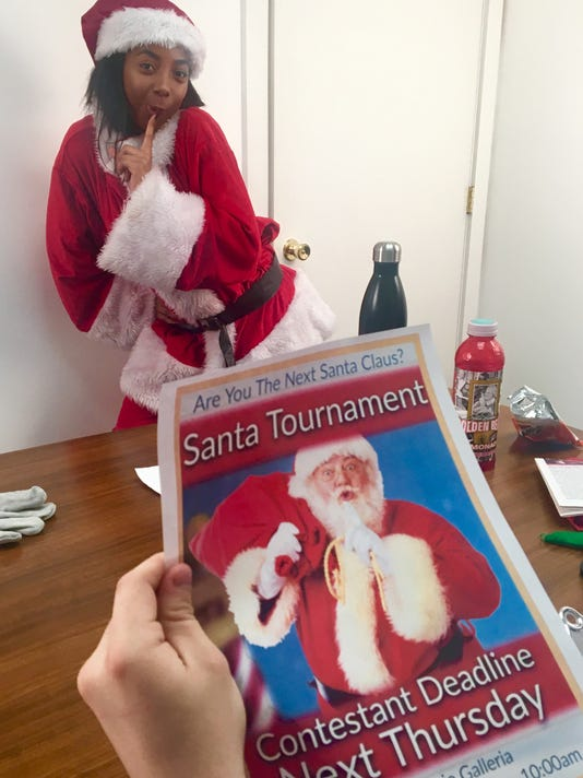 Santa-Woman-Still-07.jpg