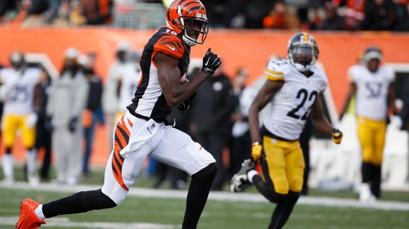 Bengals wide receiver A.J. Green runs in for a third quarter-touchdown after a reception against the Pittsburgh Steelers on Sunday.