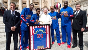 Iowa native coordinates Globetrotters meeting with Pope Francis