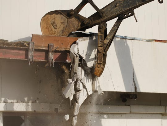 Demolition of the former Lakeview Centre mall is underway