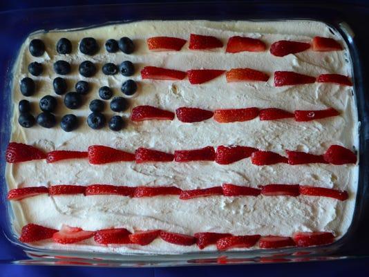 636023819102115421-flag-dessert.jpg