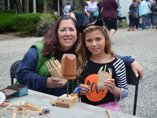 Michele Mason and her daughter, Reese Mason, 10, both