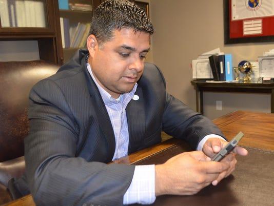 social media mayor.JPG