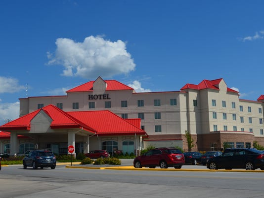 Prairie Meadows Hotel