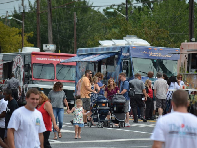 A Peace Of Cake Food Truck