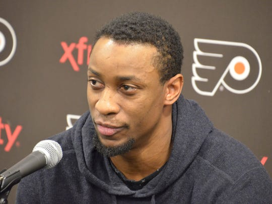 Wayne Simmonds played through, among other things, a pelvic ligament tear, broken ankle and torn ligament in his thumb last season.