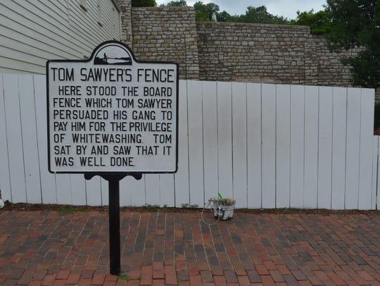 Tom Sawyer picket fence