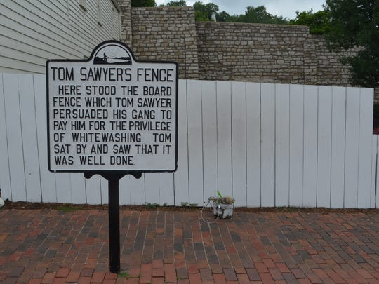 Tom Sawyer picket fence