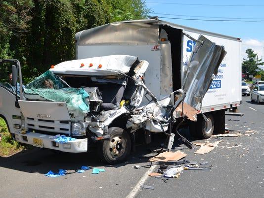 636688203605631455-Mountainside-crash.JPG