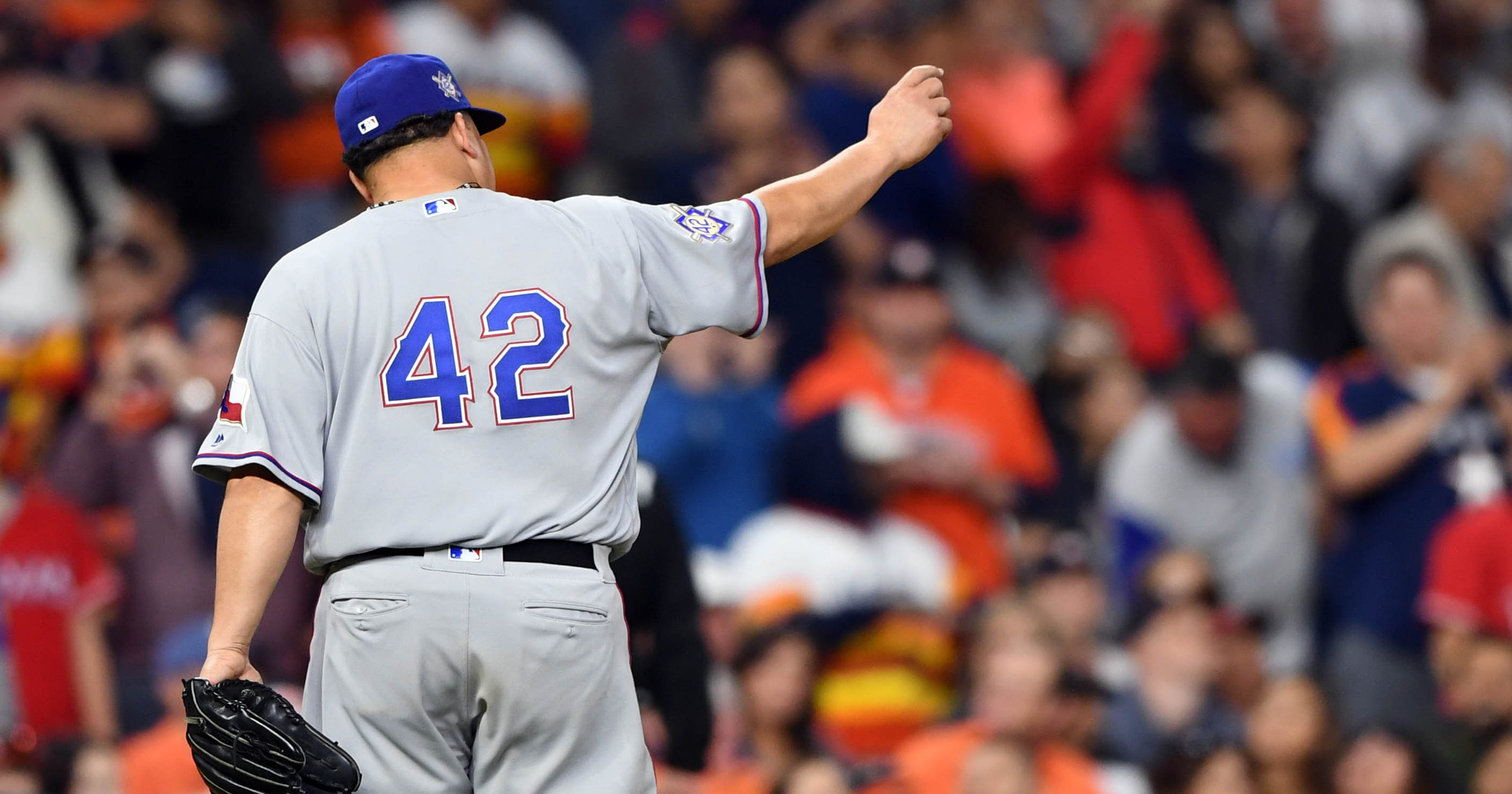 8a6a6ea566d Bartolo Colon takes perfect game into 8th inning