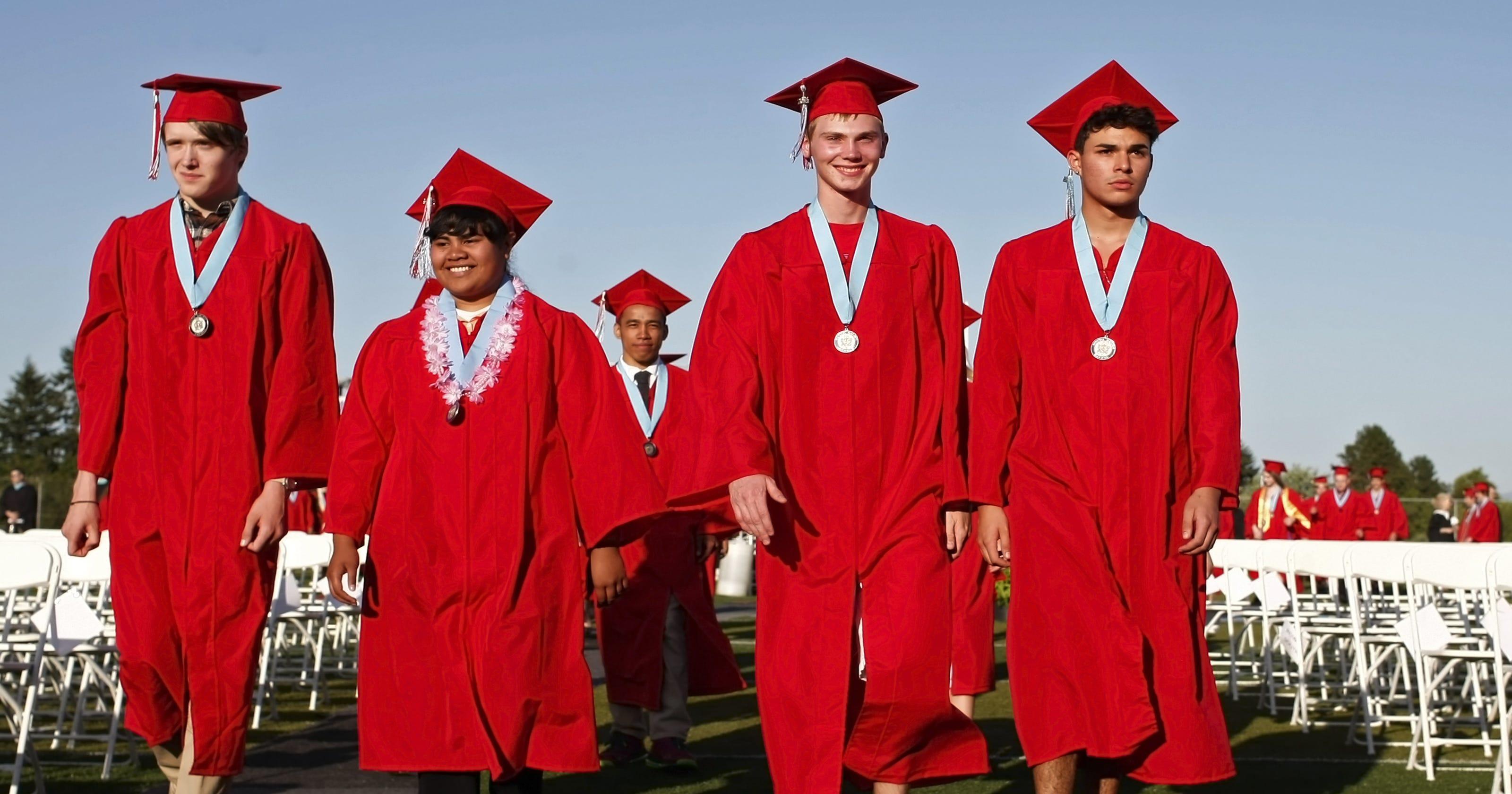 Do graduation ceremonies harm the environment?