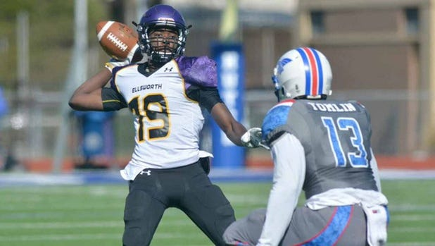 Jujuan Young Battle threw for 3,118 yards and 26 touchdowns last season at Ellsworth Community College  in Iowa.