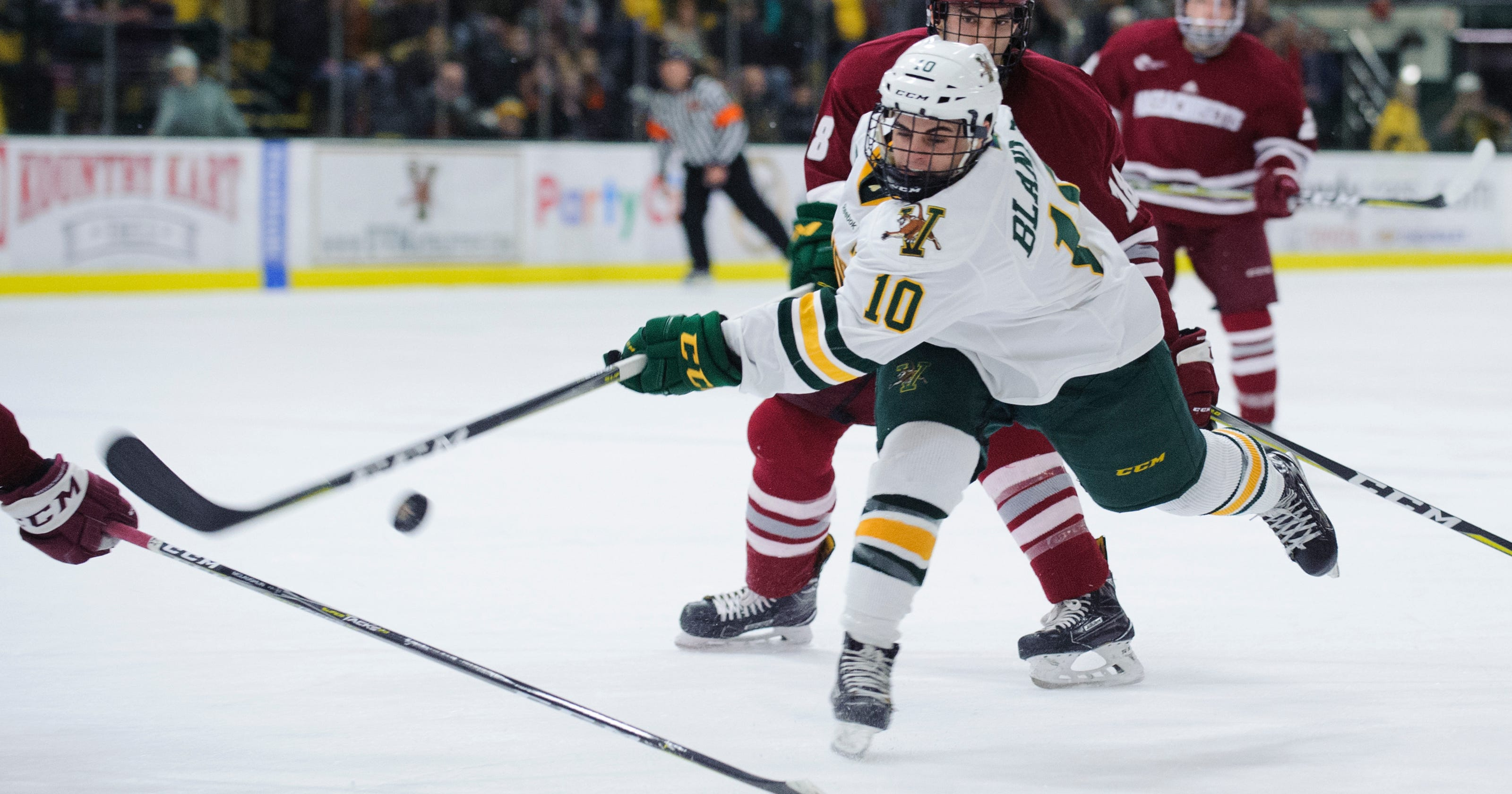 Breaking down UVM s Hockey East playoff series against UMass 94779c37d