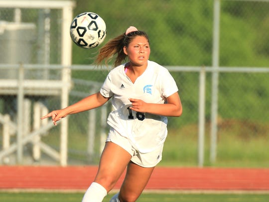 Stevenson's Kennedy Thurlow looks for a teammate to