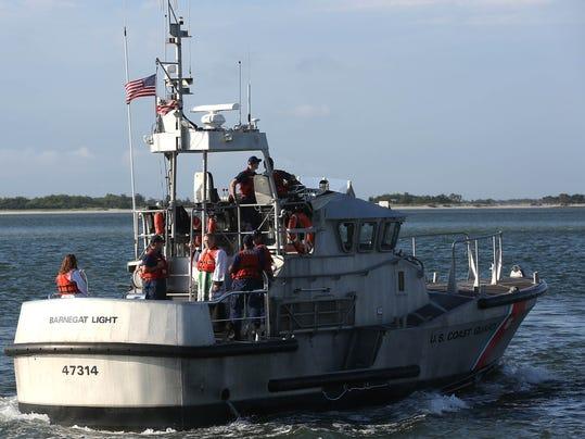 Coast guard rescues fishing boat near manasquan inlet for Barnegat light fishing report