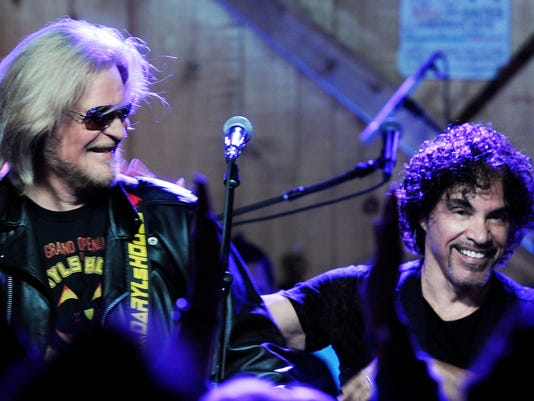 Hall oates to perform at daryls house duo releases song with train dbdaryl10148453g20141104g daryl hall and john oates m4hsunfo