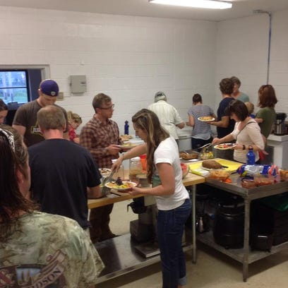 Central Rivers Farmshed will host a community potluck on Tuesday.