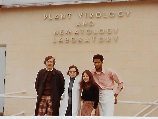Irmgrad Muller at the Plant Virology and Nematology