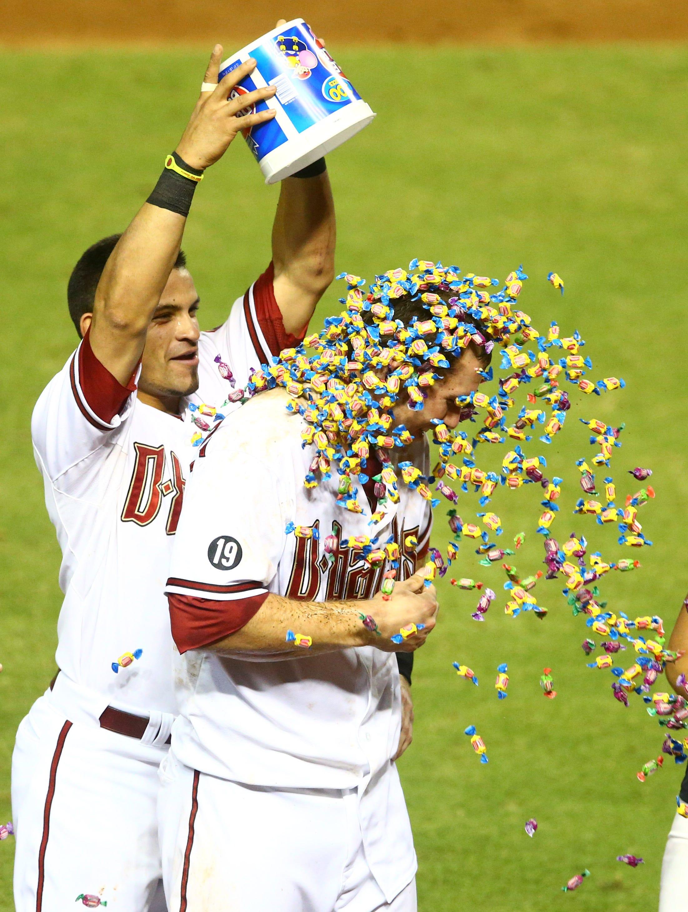 8-13-paul-goldschmidt-bubble-gum