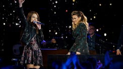 "Mara Justine and Rachel Platten on ""American Idol."""