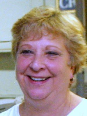 Etta Dewey