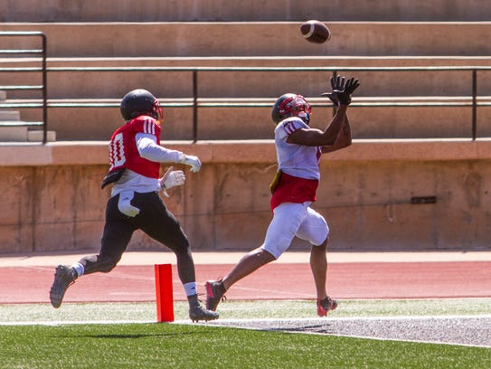 A Southern Utah wide receiver makes a catch in the