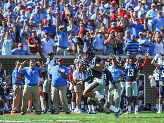Alabama Mississippi Football G1VFOGSJ6.1.jpg