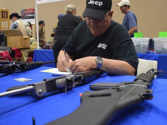 WF gun show