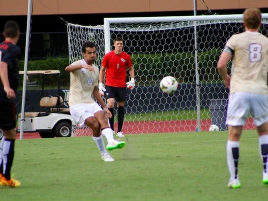Men's soccer 2 (Guerges)