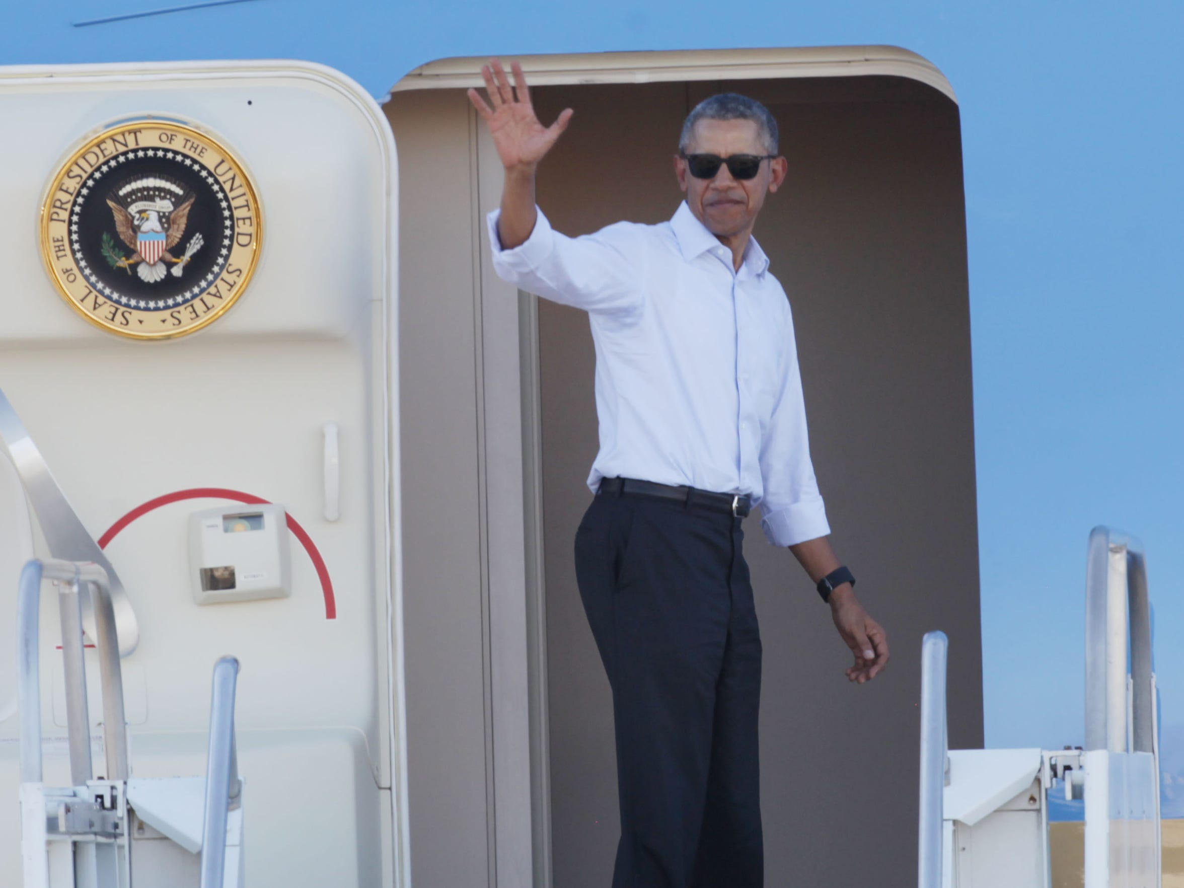 U.S. President Barack Obama departs Palm Springs International Airport on February 16, 2016.