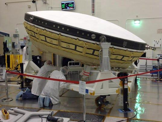 mars-exploration-techology-low-density-supersonic-decelerator-in-cleanroom-jpl-br2