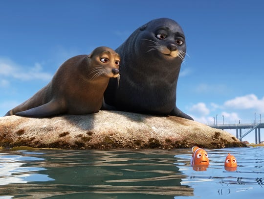Lazy sea lions Rudder (voiced by Dominic West) and
