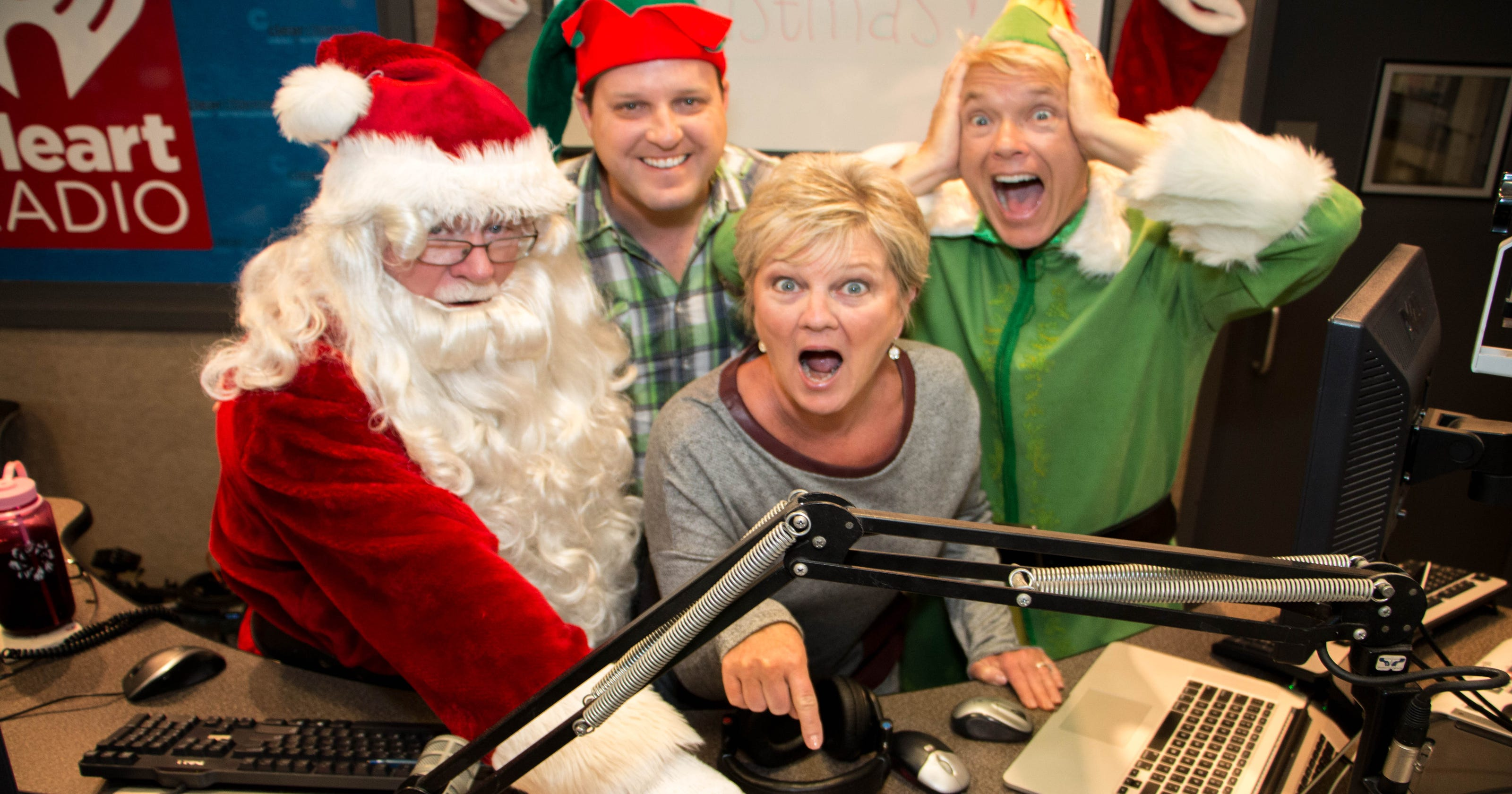 Christmas Music Radio.Christmas Music Will Play On The Radio Soon And You Can T