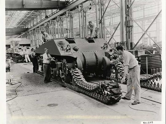 The Detroit Arsenal Tank Plant required extensive open floor space. Such space allowed tracks to be installed on the factory floor.