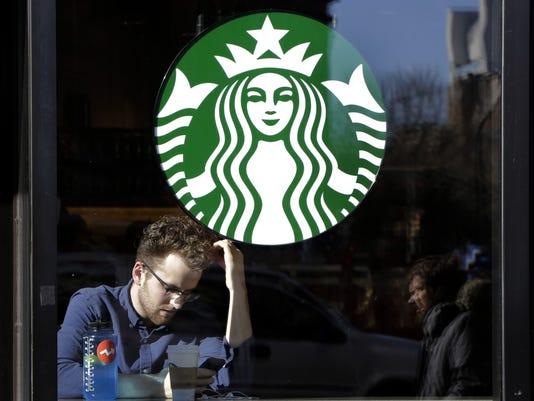 Earns+Starbucks_Kell.jpg