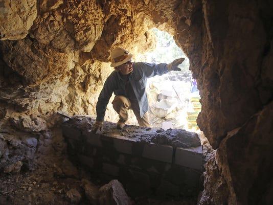 Abandoned Mines (3)