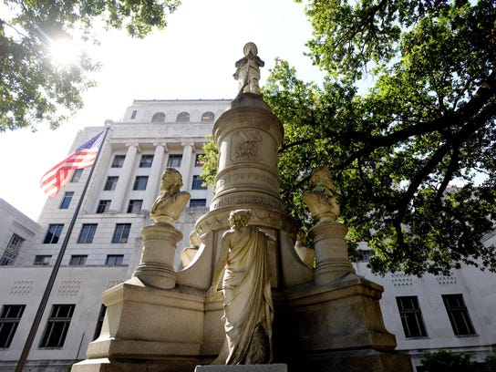 Confederate monument at the Caddo Parish Courthouse.