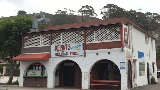 LISA MCKINNON/THE STAR Longtime Ventura favorite Johnny's Fine Mexican Food will be the first stop on an unofficial taco crawl organized by local Yelpers.