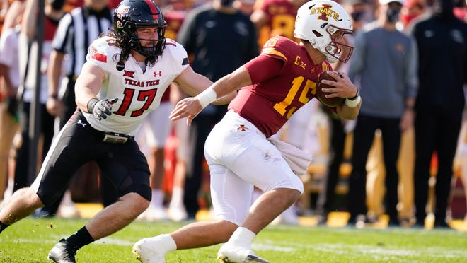 Texas Tech linebacker Colin Schooler, left, pursues Iowa State quarterback Brock Purdy during the Red Raiders' 31-15 loss two weeks ago. When Tech hosts West Virginia on Saturday, it will reconnect Schooler and Mountaineers' linebacker Tony Fields, who were Arizona's top two tacklers each of the past three years.