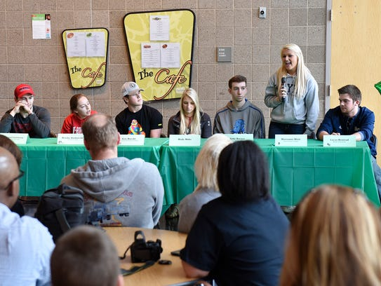Students thank coaches, family and friends during a