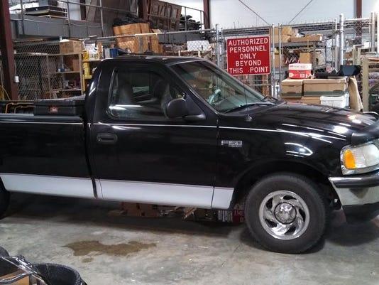 Black Ford F150.jpg