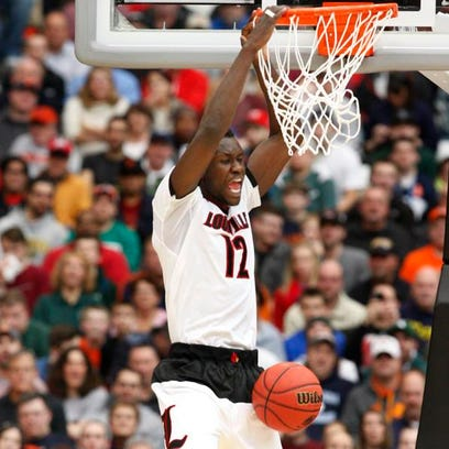 Mangok Mathiang scored 3 points in the first half Sunday,