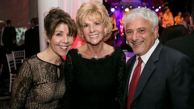 Cathy DiFlorio, Linda Rohrer and Dennis DiFlorio.