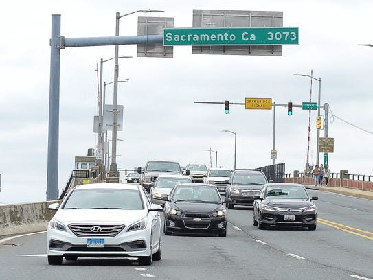 Traffic entering Ocean City via the Route 50 bridge