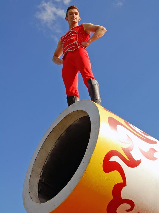 The Human Cannonball Dale- Cole Bros Circus (18).jpg